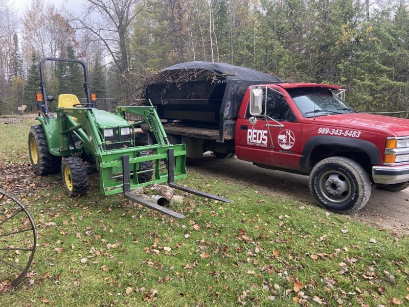 Tractor services serving West Branch, MI and surrounding areas.